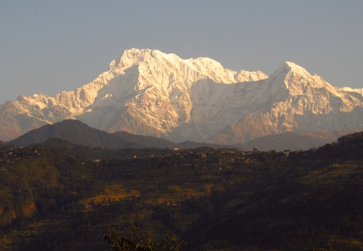 3 week volunteer + 3 week Annapurna trek at $1200