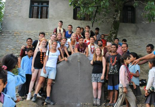 Volunteer building project in Nepal